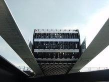 Container Crane (Ship-to-Shore)